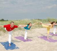 QC23E06_Yoga