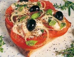 Pizzabrot mit Zwiebel und Oliven