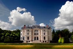 Frankreich: Château de La Canière in der Auvergne