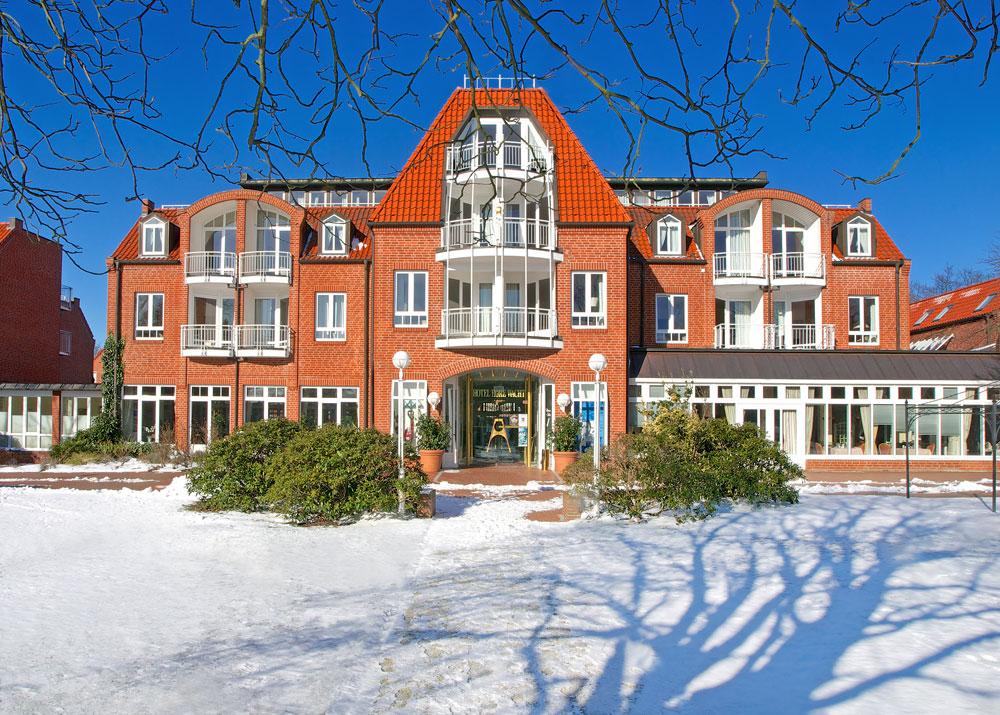 QC30F12_hohe-wacht-hotel