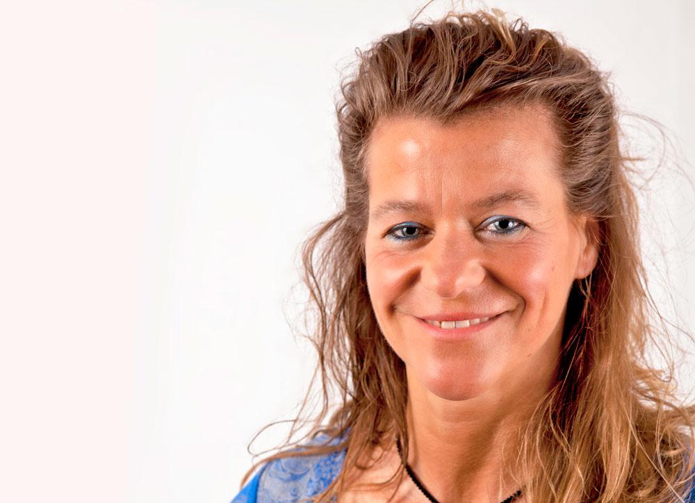 Kirsten Deutschländer: Ganzheitliche Wasserforschung in der Medizin