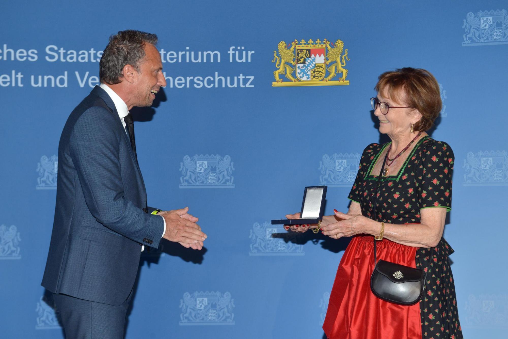 Margaretha Stocker für besondere Verdienste um die Umwelt geehrt